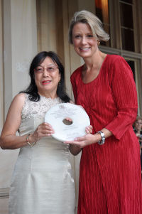 "Daphne Lowe Kelley, winner of the ""Jack Wong Sue Award for Voluntary Service Beyond the Chinese Community"" being presented with her award by the NSW Premier the Hon. Kristina Keneally at Government House on 8 February 2011."